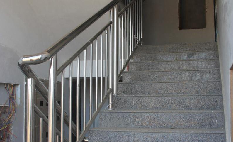 珍珠花楼梯